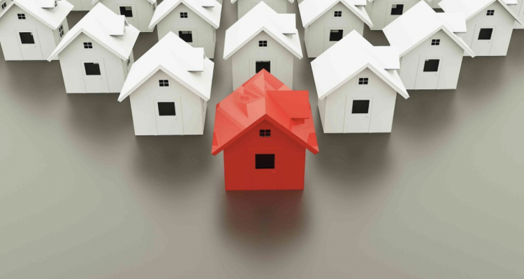 what's a real estate wholesaler
